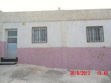 Casa adosada en finca privada