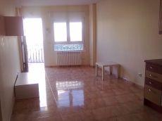 Apartamento muy nuevo con garaje, trastero y piscina