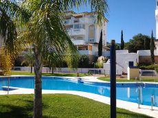 Calidades, en la mejor urbanizaci�n de Churriana, piscina