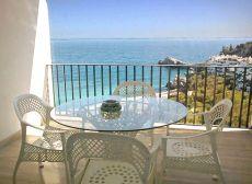 Amplio, coqueto y con preciosas vistas a Playa Marina