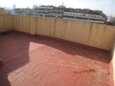 Atico Eixample junto Metro Entenza Alquiler 3 hab, terraza