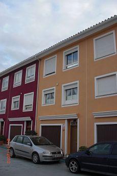 Adosado muy espaciosos en urbanizaci�n privada en Borriol