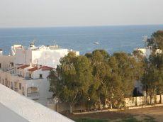 �tico a estrenar, gran terraza, muy luminoso, cerca playas
