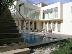 Villa en Nueva Andalucia