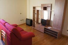 Amplio estudio con dormitorio independiente. Nuevo, luminoso