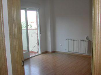 Alquila piso con 2 terrazas de 30 m cada una, como un chalet foto 0