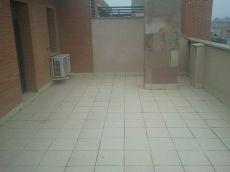 Chollazo de �tico con 2 terrazas 2 garajes y 2 trasteros