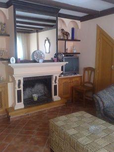 Piso de un dormitorio con chimenea San Pedro de Alcantara