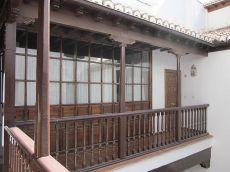 Precioso duplex de 2 dormitorios junto Arco de Elvira