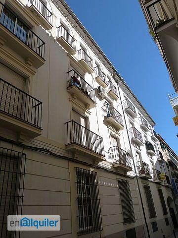 Apartamento en pleno centro de antequera 2447393 for Pisos alquiler antequera