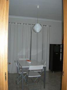 Bonito piso de 2 dormitorios amueblado.