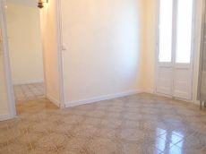 Piso en alquiler de 35 m2 sin amueblar. 2 habitaciones.