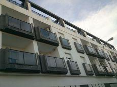 A estrenar 260 euros ,2 dormitorios y garaje , las gabias