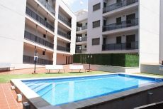 Piso econ�mico con piscina y parking