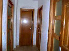 2 dormitorios con armarios empotrados
