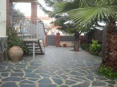Bonita casa en planta de 3 hab, ba�o ref y parcela llana