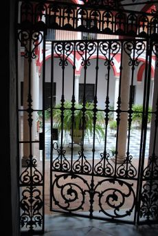 D�plex reci�n reformado en casapalacio zona Plaza Salvador