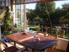 Vivienda con terraza de 30 m2 en Alfinach