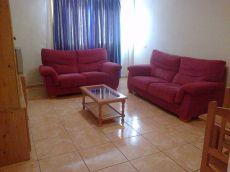 Ampl�simo piso equipado, cocina independiente y ascensor