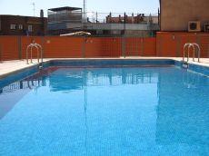 �tico con piscina, trastero y garaje opcional