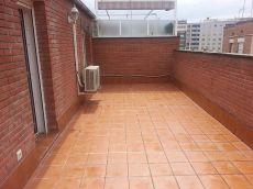 Chollo de atico duplex con terraza y 2 habitaciones dobles