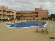 Piso excelente, vistas al mar, terraza, piscina