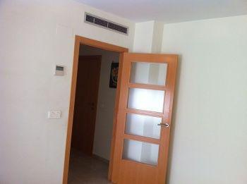 Piso 2 habitaciones, 2 ba�os, sin muebles foto 2