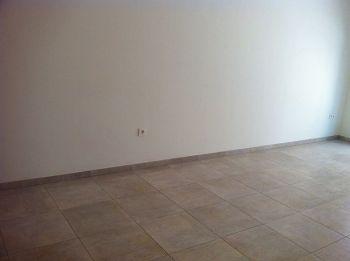 Piso 2 habitaciones, 2 ba�os, sin muebles foto 1