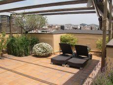 Atico 230m2 con terraza de 60m2 y plaza de parking.