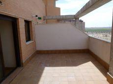 Pau Vallecas. Estudio �tico terraza garaje trastero piscina.