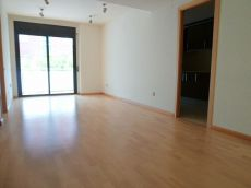 Piso en alquiler de 96 m2 sin amueblar. 3 habitaciones