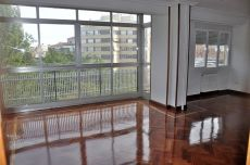 Gran piso con vistas. 3 dormitorios, sal�n y comedor. Garaje