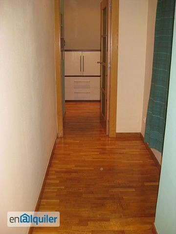 Se alquila piso en la calle rosell�n 18 foto 0