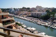 Piso con espectaculares vistas al puerto en porto cristo