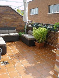 Precioso �tico d�plex con terraza