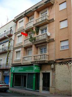 Alquilo piso amueblado en Linares
