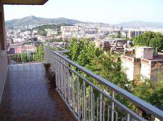 Piso 4 h, 2 ba�os, amueblado, en zona residencial de Horta.