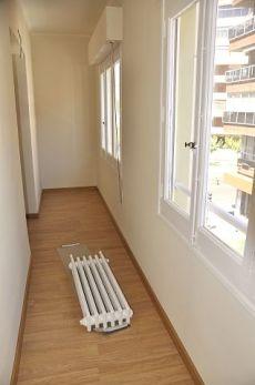 4 dormitorios. Reformado exterior en el centro. Terraza