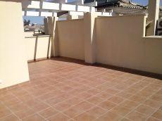 Adosado de esquina nuevo, patio 100 m2, solarium