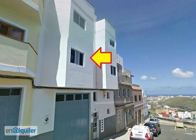 Piso en Tafira, edificio de estudiantes universitarios. foto 0
