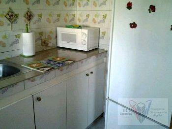 Alquiler piso Vegueta agua y luz incluidos foto 1