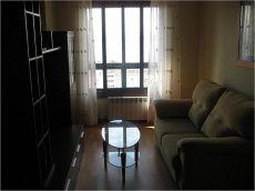 Apartamento nuevo en Torres Arag�n, jard�n y piscina comun.