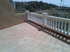 Adosado a estrenar, terraza con vistas, garaje privado.