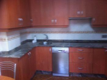 Alquiler Casa Avil�s - Cocina