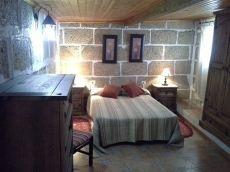 Casa terrera, balc�n y huerta 600 m2. San Miguel