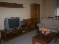 3 dormitorios , plaza de garaje y trastero