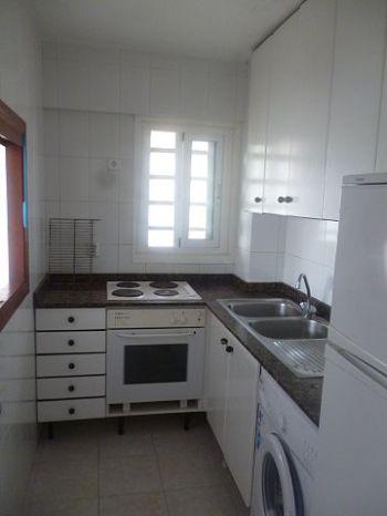 Alquiler apartamento a 100mt de la playa San Agustin Palma - Cocina