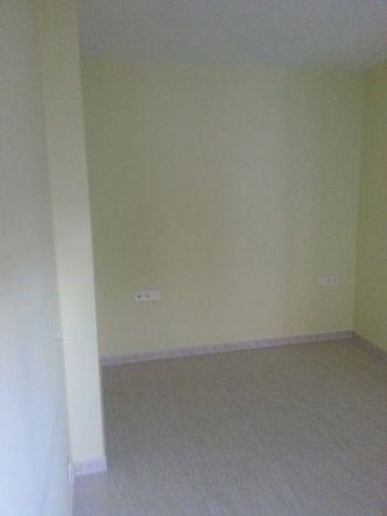 Piso dos dormitorios sin muebles foto 1