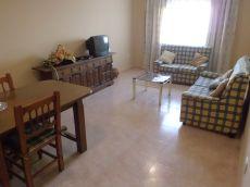 Unifamiliar de 4 dormitorios en Zona Ronda del Carmen