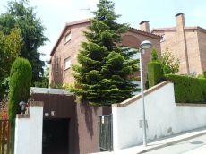 Casa en alquiler de 400 m2 semi amueblada